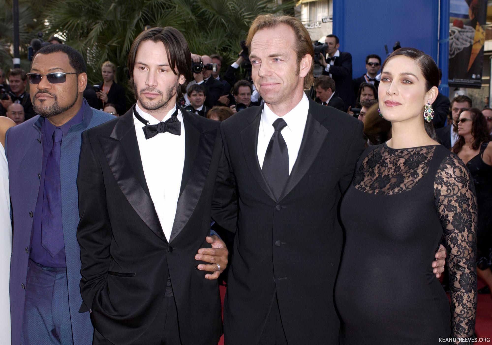 Laurence Fishburne (Morfeo), Keanu Reeves (Neo), Hugo Weaving (Agente Smith) y Carrie-Anne Moss (Trinity) en el Festival de Cannes 2003. (Foto: keanu-reeves.org)